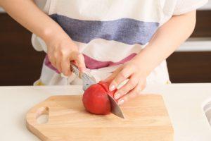 【書評】伝説の家政婦!「志麻さんのプレミアムな作りおき」から料理の段取り術を学ぶ!
