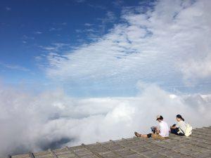 剣山 頂上は雲海